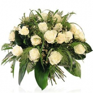 Bouquet con rose bianche