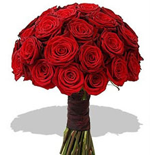 The bouquet  red roses passion