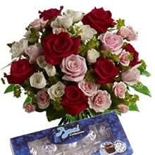 Bouquet rose e baci