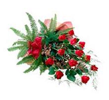 Bouquet dozen red roses